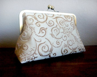 Bridesmaids Clutches Gift Ideas Gold Swirls  Bridesmaids Custom Wedding Purses Handmade Bags Personalized Bridesmaids Gift Set Kisslock