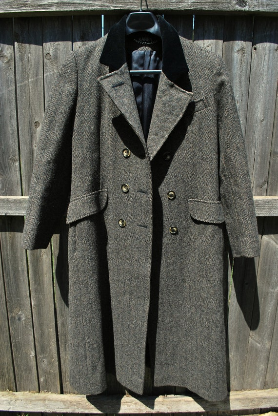 Women's Long Vintage Wool Coat