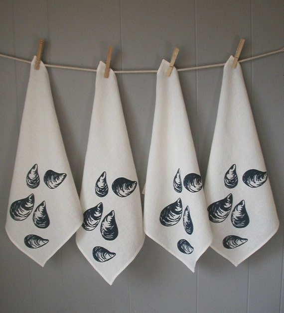Organic Linen Napkins-Screen Print- Mussels- Set of Four-Picnic