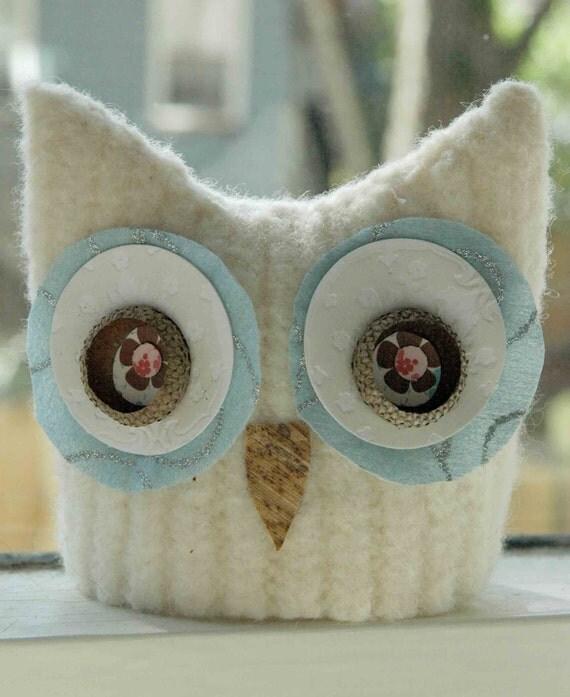 Winter Snow Owl (MillieAnn)