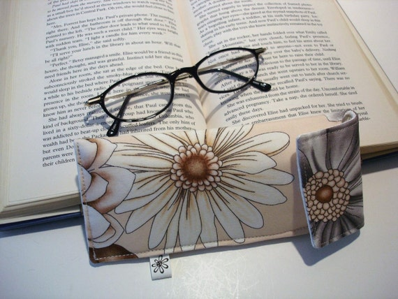 Women's eyeglass case, tan taupe brown floral, magnetic closure
