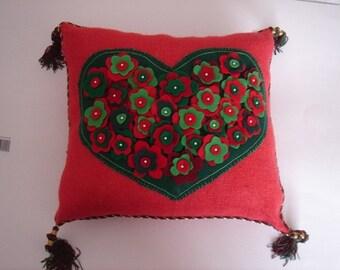 Present Pillow - Hollyday Home Decor