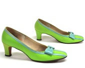 Vintage 1970s Green Blue Bow Front leather shoes  heels pumps 7N Jack Rogers