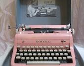 Collectors Dream 1958 PINK Royal typewriter, in pristine condition, in original case with original manuel
