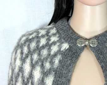 1960's WOOL CARDIGAN SWEATER Scottish Diamond Knit Size Medium