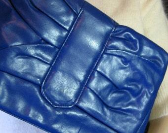 80's PERIWINKLE BLUE CLUTCH purse