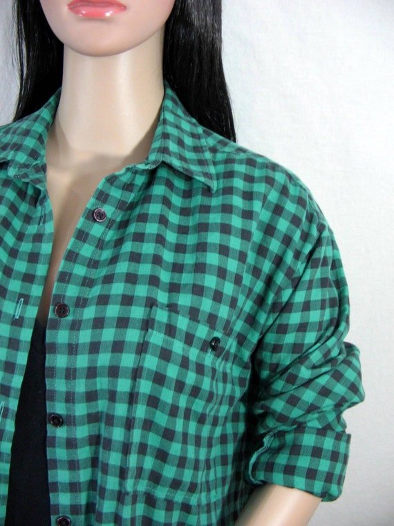 1980s grunge flannel shirt black and green gingham plaid for Green and black plaid flannel shirt