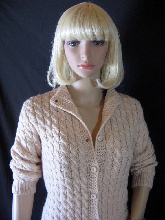 1960's Vintage BIEGE CARDIGAN SWEATER Hand Knitted s/m