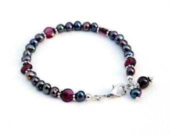 Garnet and Freshwater Pearl Sterling Silver bracelet