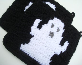 Ghost Potholders, Crochet Potholders, Pot Holders, Black Potholders, White Ghost, Crocheted Potholders, Hot Pad, Trivet Set