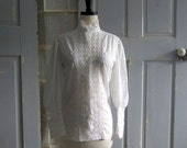 White Lace Blouse 1960s Blouse 1960s White Top Size Small Medium