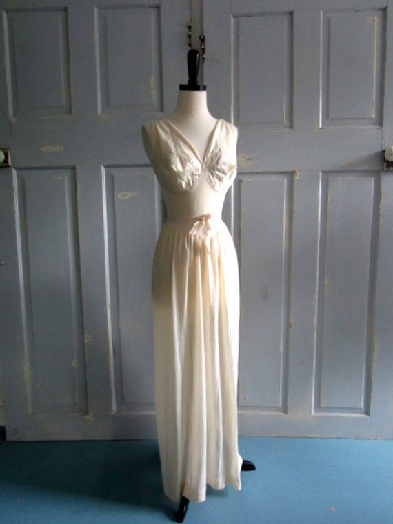 1950s Nightgown, 1950s White Nightgown with Petal Cutouts SM