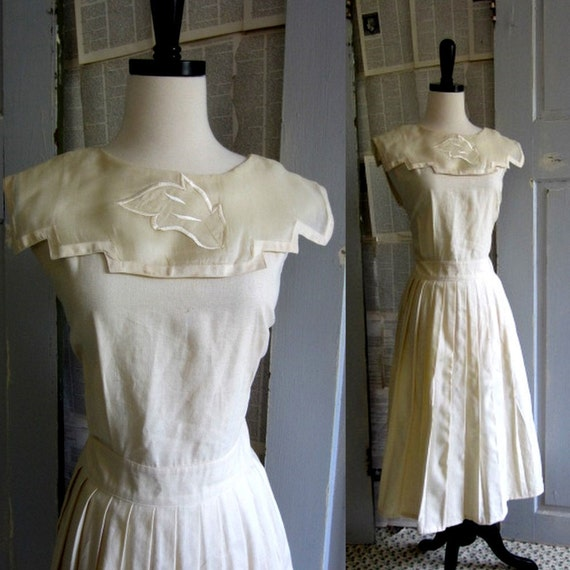 Womens cocktail dress 1980s sleeveless off white linen for White linen cocktail recipe