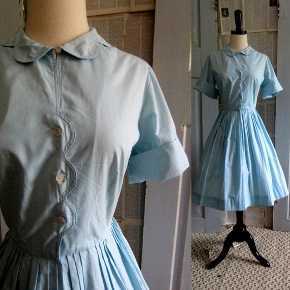 Vintage 1950s Dress, 50s Blue Shirt Waist Full Skirt Womens Vintage Fashion Size Medium Size Large