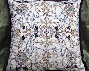 kilm embroidered pattern pillowcase with beautiful embroidery threads-16x16 inches