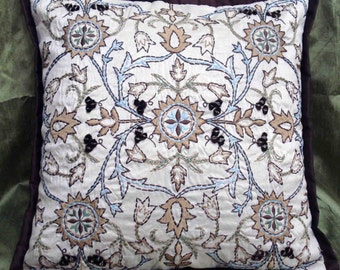 white pillow decorative pillow kilim pillow embroidered pattern silk fabric designer pillow vinatge pillow home pillow modern pillow
