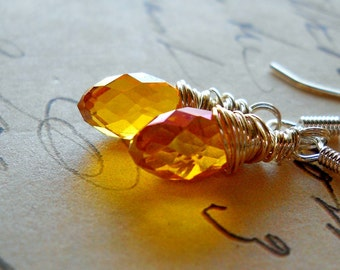 Warm Autumn Yellow Drop Earrings / Citrine Swarovski Crystal Wire Wrapped Teardrops, Honey Yellow Fall Jewelry, Warm Amber Earrings