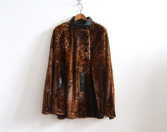 Faux Fur Cape - Giraffe