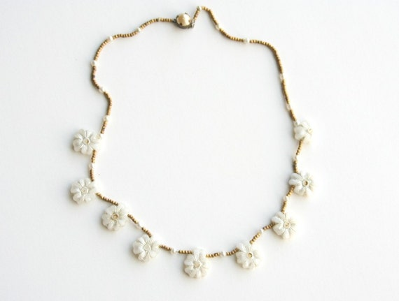 String of Flowers Necklace