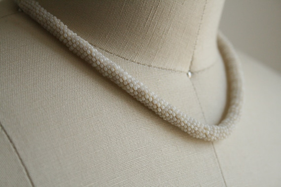 30s Ivory Bead Woven Cord Necklace