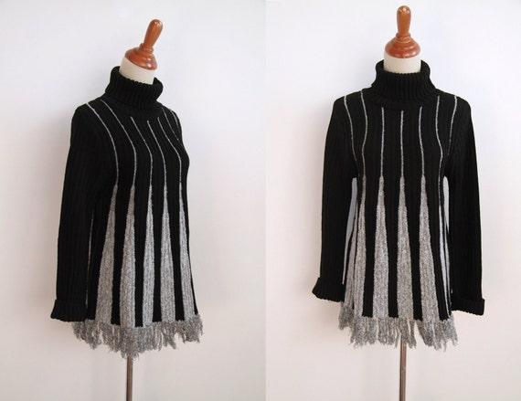 Fringed Trapeeze Sweater - Monochome