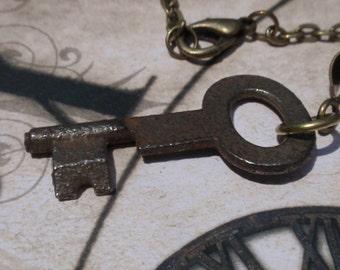 Vintage Skeleton key necklace Antique olde world key No 2