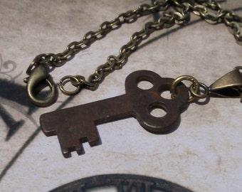 Flat Vintage Skeleton key necklace Antique key No 3