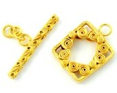 1 Set 16 mm. 24K Vermeil Fancy Toggle