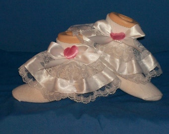 Boutique custom-made pink heart with white ribbon ruffle socks
