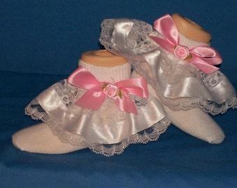 Boutique Pink Bow with Pink Rose Ribbon and Lace Socks