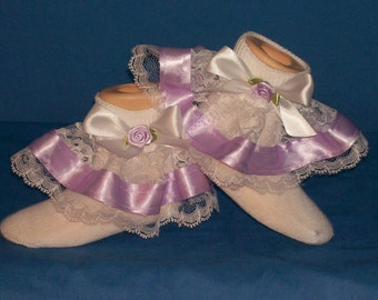 Boutique Fancy Feet double ruffle lavender organza pageant socks