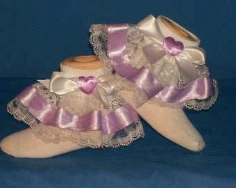 Boutique Lavender Satin Heart Lace Ruffle Socks
