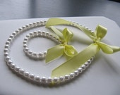 Pearl and ribbon Necklace and Bracelet set perfect for bridesmaids