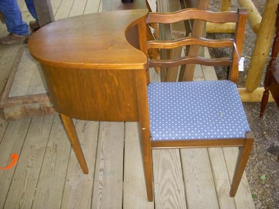 Gossip Bench Vintage Telephone Chair