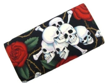 Skulls  Red Roses Wallet USA Hand made Alexander Henry  Fabric