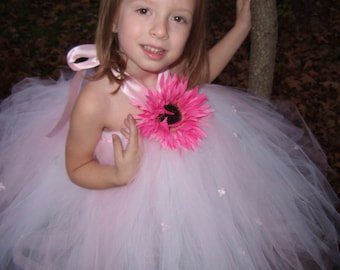 Daisy  Princess Tutu Dress..Sizes 6-7 years old..Plus a FREE matching Flower hair clip...