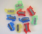 Set of 10 vintage mini pencil animal shapener yellow red green and blue assorted