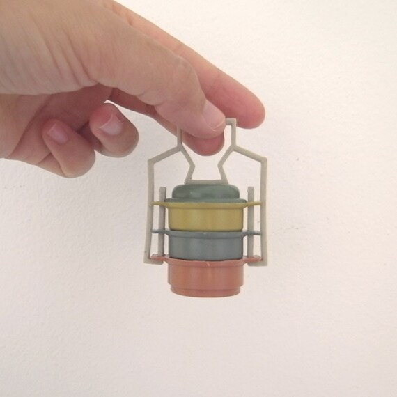 set of 6 plastic vintage food carrier / pot miniature for doll house surprise ball supply