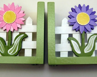 pink and purple flower bookends,girl bookends, childrens bookends, personalized bookends, flower bookends,personalized gift,kids bookends