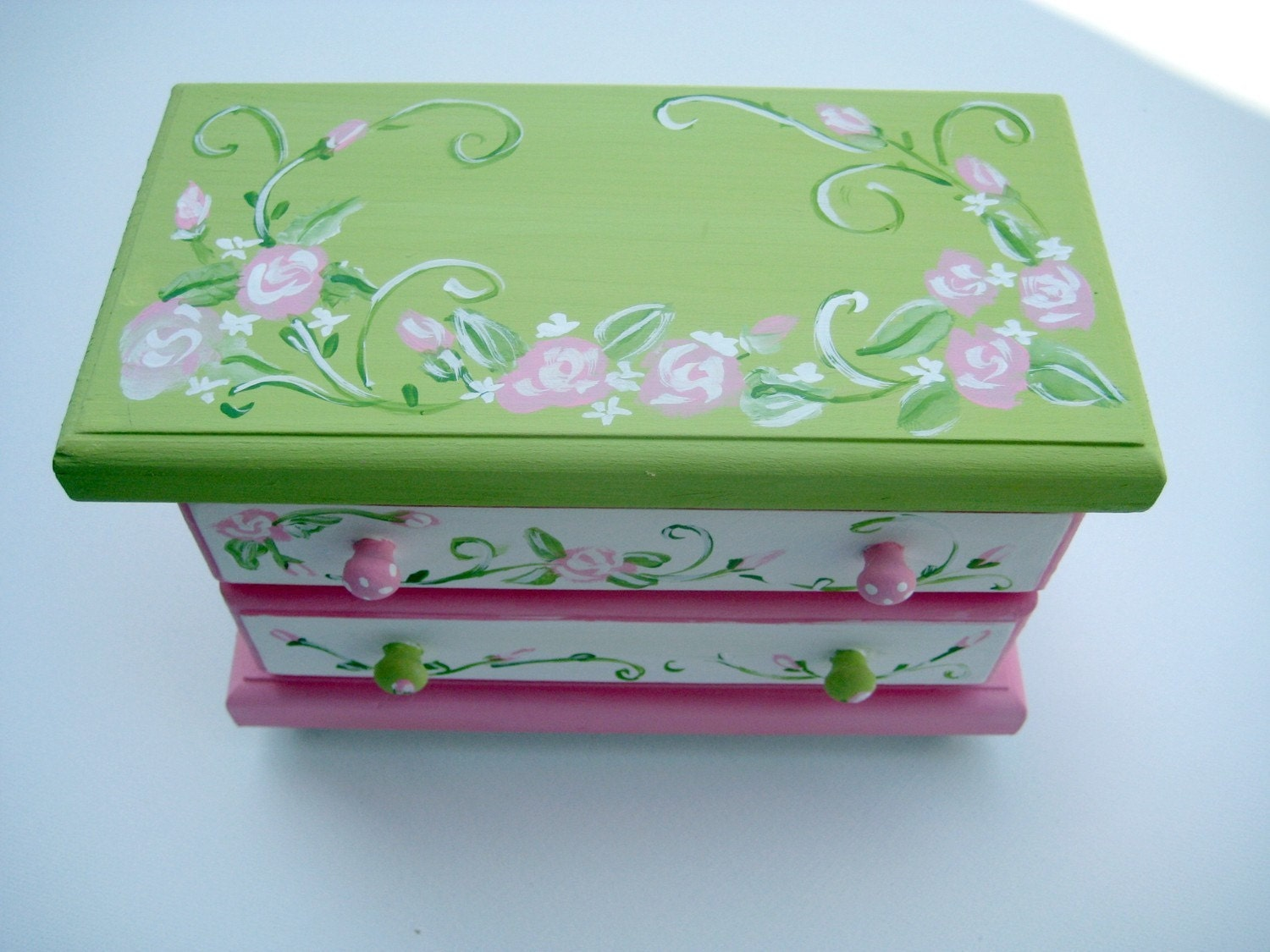 pink and green jewelry box with rosesgirls jewelry box
