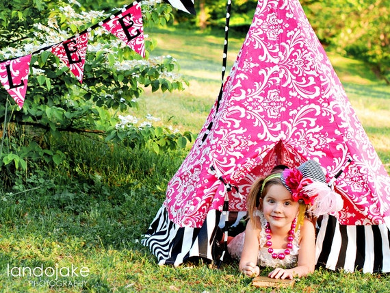 Tee Pee, Play Tent, Book Nook, Play House