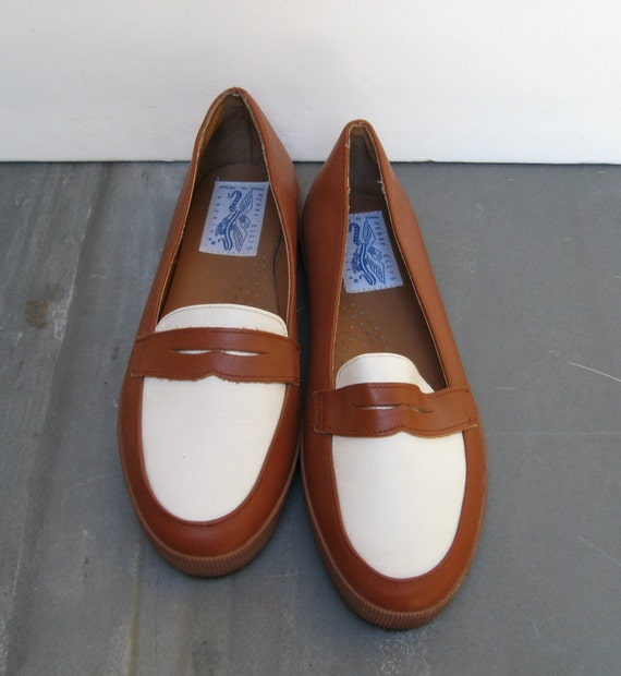 Perry Ellis Penny Loafers 8 B