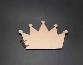 Crown Chipboard Album 8 Pages