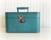 RESERVED FOR CARLY Vintage Turquoise Traincase