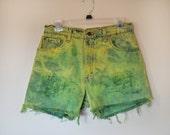 DENIM SHORTS - Hand Dyed Lemon Lime Urban Style Denim Distressed Vintage Ombre High Rise Cut Off Shorts -  Size 11 Medium (29)