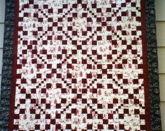 Patchwork QUILT  - Winter Red and White Christmas Quilt Throw - Irish Chain Pattern - 60 x 69""