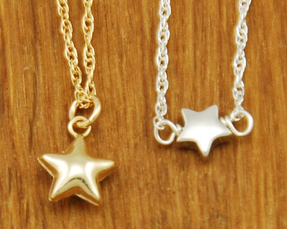 Tiny Gold Star Necklace - Small Star Necklace - Delicate Gold Necklace - Dainty Gold Jewelry - Charm Necklace Gold - Simple Gold Necklace