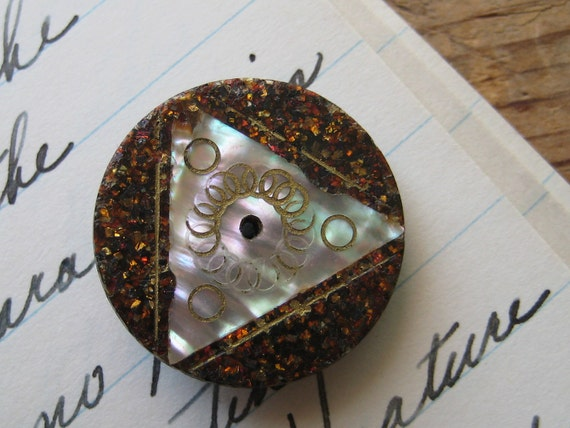 Antique Composition Etched Inlaid MOP Whistle Button, Mother of Pearl, Sparkles