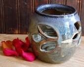 Flower Power Candle Holder in Midnight 2