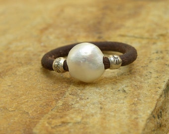 Pearl Sterling Silver Leather Ring Urban Modern